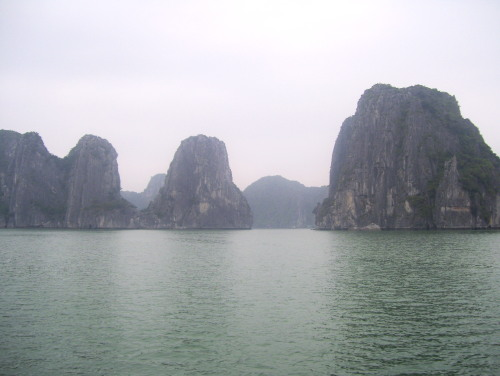 Islets and islands in Halong Bay
