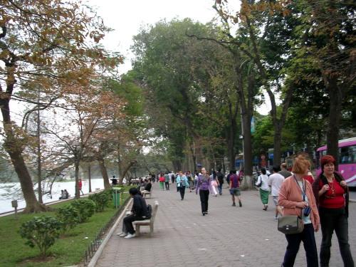 Hoan Kiem Lake Park