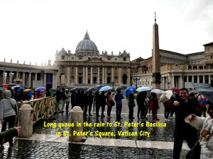 Long queue to St; Peter's Basilica, the largest church in the world