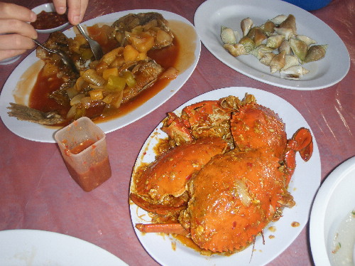 "Sea-Food Dishes at ""Restaurant Golden Prawn 555"""
