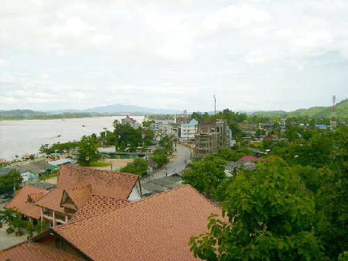 Sop Ruak Town in the background