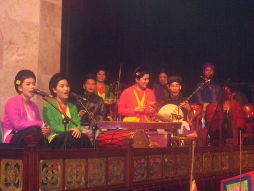 Narrators and orchestra at Thang Long Water Puppet Theatre, Hanoi