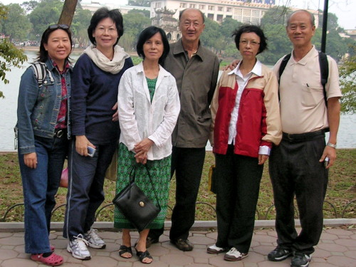 Group of Six: L to R- Grace Gan, Grace Chen, Mrs. Chua, Mr. Chua, Peng (writer's wife) and writer at the Hoan Kiem Lake Park
