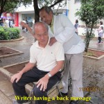 Back massage by a blind man