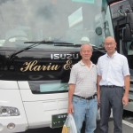 Writer and the tour bus-driver(Yoshikawa) on his left